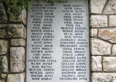 Olaszfalu világháborús emlékmű 2010.07.24. küldő-kalyhas (3)