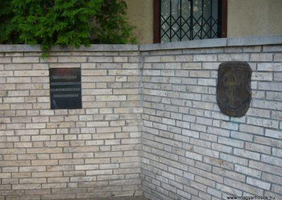 Olaszliszka világháborús emlékmű 2009.05.09.küldő-Ágca (3)