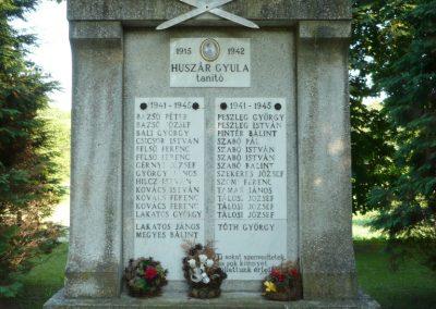 Oltárc világháborús emlékmű 2010.06.29. küldő-Sümec (2)