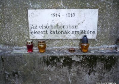 Oltárc világháborús emlékmű 2010.06.29. küldő-Sümec (6)