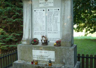 Oltárc világháborús emlékmű 2010.06.29. küldő-Sümec (7)