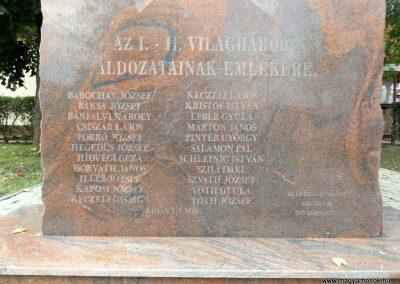 Orci világháborús emlékmű 2014.10.26. küldő-kalyhas (4)