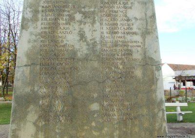 Orgovány világháborús emlékmű 2007.11.12.küldő-Markó Péter (8)