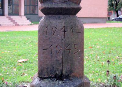 Orosháza II. világháborús kopjafa 2014.10.25. küldő-Emese (2)