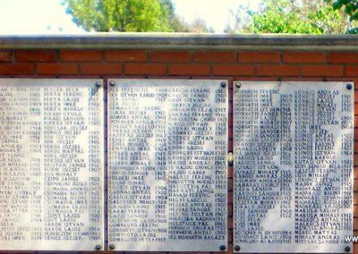 Orosháza II.vh emlékmű 2012.05.01. küldő-Szedlák Izabella (1)