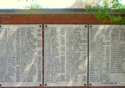 Orosháza II.vh emlékmű 2012.05.01. küldő-Szedlák Izabella (3)