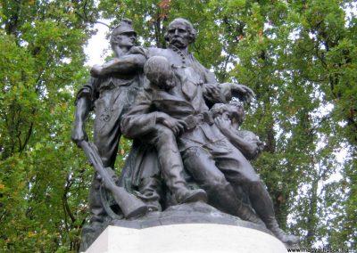 Orosháza felújított I. világháborús emlékmű 2014.10.25. küldő-Emese (3)