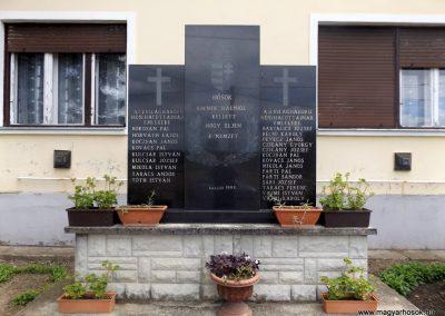 Ortaháza világháborús emlékmű 2016.08.13. küldő-kalyhas (2)