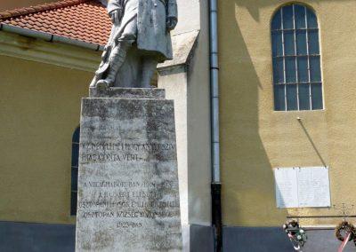 Osztopán I.vh emlékmű 2010.08.04. küldő-Sümec (3)