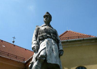 Osztopán I.vh emlékmű 2010.08.04. küldő-Sümec (4)