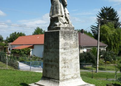 Osztopán I.vh emlékmű 2010.08.04. küldő-Sümec (9)