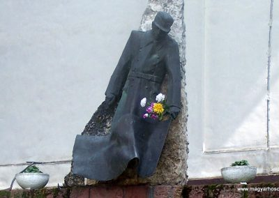 Ozora II.vh emlékmű 2010.05.02. küldő-Horváth Zsolt (1)