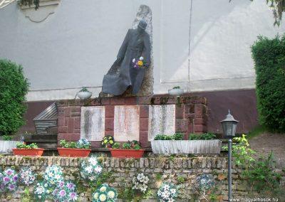 Ozora II.vh emlékmű 2010.05.02. küldő-Horváth Zsolt