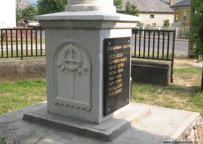 Pálháza Hősi emlékmű 2009.05.22.küldő-kalyhas (3)