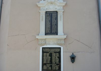 Páli világháborús emléktáblák 2009.04.26.küldő-Ágca