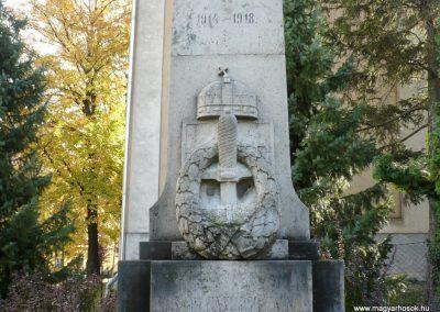 Pápakovácsi világháborús emlékmű 2013.10.18. küldő-Sümec (3)