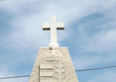 Pápoc felújított és áthelyezett világháborús emlékmű 2012.05.21. küldő-Sümec (3)