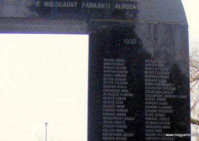 Párkány világháborús emlékmű 2012.12.08. küldő-Méri (7)