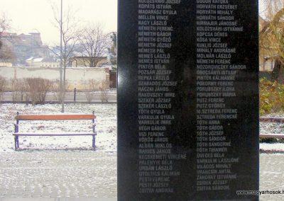 Párkány világháborús emlékmű 2012.12.08. küldő-Méri (8)