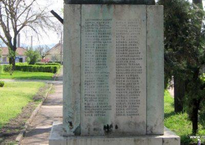 Pásztó I.vh emlékmű.2007.04.29. küldő-Mónika 39 (8)