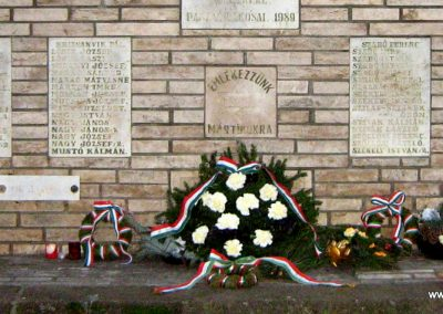 Pásztó II.vh emlékmű 2008.02.10. küldő-Mónika39 (2)