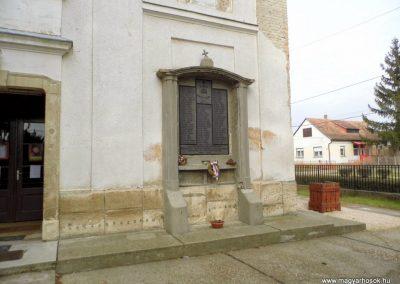 I. világháborús emléktábla, Pázmánd, katolikus templom falán