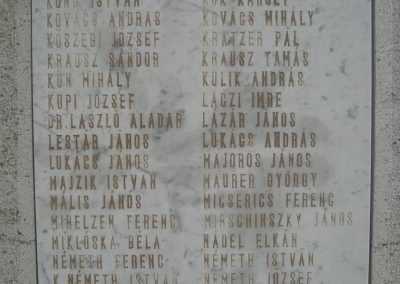 Pécel világháborús emlékmű 2008.05.10. küldő-Huszár Peti (4)