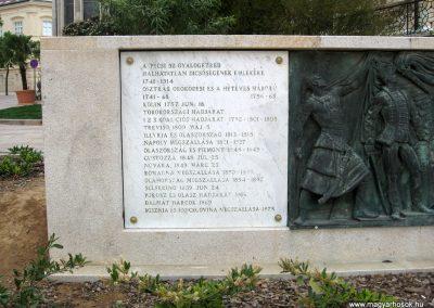 Pécs I.vh emlékmű 2011.04.23. küldő-kalyhas (2)