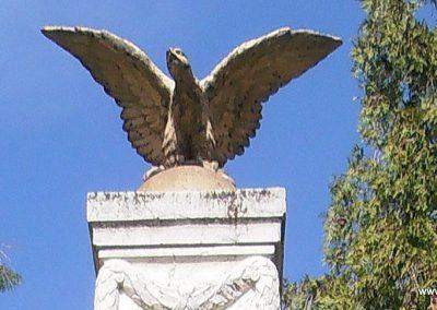 Pécs-Mecsekszabolcs világháborús emlékmű 2015.04.29. küldő-Bagoly András (2)