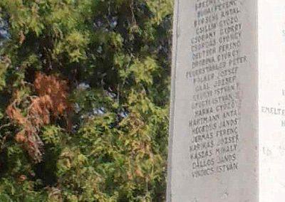 Pécs-Mecsekszabolcs világháborús emlékmű 2015.04.29. küldő-Bagoly András (7)