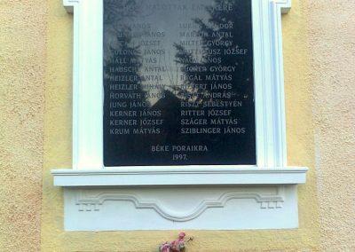 Pécs-Nagyárpád világháborús emléktáblák 2012.12.27. küldő-Turul 68 (4)