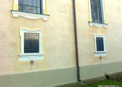 Pécs-Nagyárpád világháborús emléktáblák 2012.12.27. küldő-Turul 68