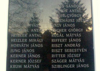 Pécs-Nagyárpád világháborús emléktáblák 2012.12.27. küldő-Turul 68 (6)