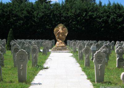 Pécs - köztemető - I. világháborús katonatemető 2016.07.18. küldő-Emese (4)