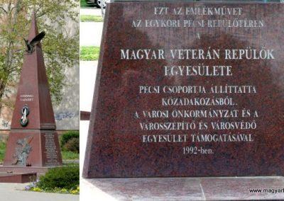Pécs repülős emlékmű 2015.04.30. küldő-Dr. Lázár Gyula Levente (1)