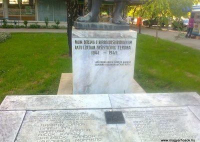 Péterréve II. világháborús emlékmű 2012.05.05. küldő-Turul 68 (2)