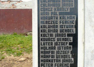 Pórszombat világháborús emlékmű 2013.04.19. küldő-Sümec (5)