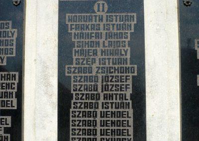 Pórszombat világháborús emlékmű 2013.04.19. küldő-Sümec (6)