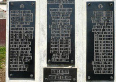 Pórszombat világháborús emlékmű 2013.04.19. küldő-Sümec (9)