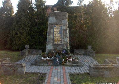 Pósfa II.vh emlékmű 2009.01.07.küldő-gyurkusz