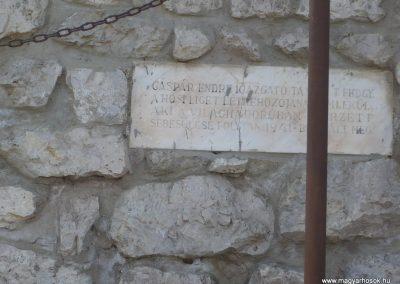 Pölöske világháborús emlékmű 2009.04.12.küldő-Sümec (4)