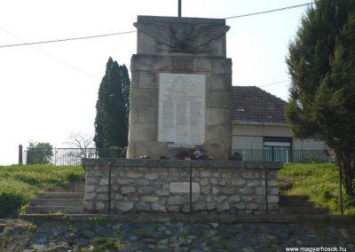 Pölöske világháborús emlékmű 2009.04.12.küldő-Sümec