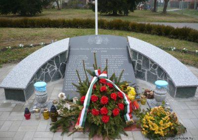 Pötréte I.vh emlékmű 2009.11.21. küldő-Ágca (1)