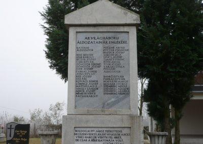 Pötréte II.vh emlékmű 2009.11.21. küldő-Ágca (1)