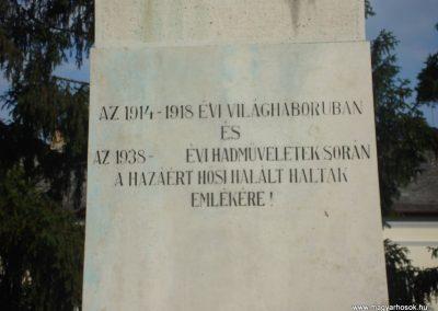 Püspökladány világháborús emlékmű 2009.05.16. küldő-Huszár Peti (2)