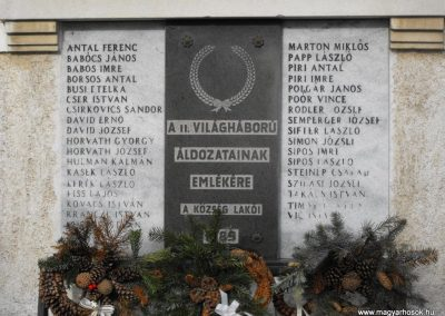 Püspökmolnári világháborús emléktáblák 2009.01.19.küldő-gyurkusz (2)