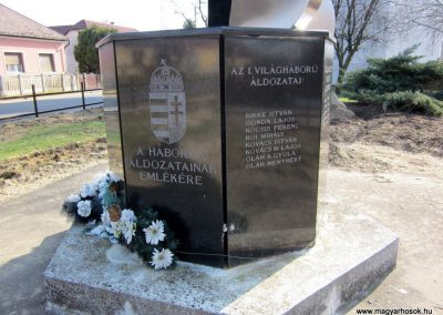 Pap világháborús emlékmű 2014.02.24. küldő-kalyhas (2)