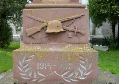 Papkeszi világháborús emlékmű 2010.05.30. küldő-Ágca (4)