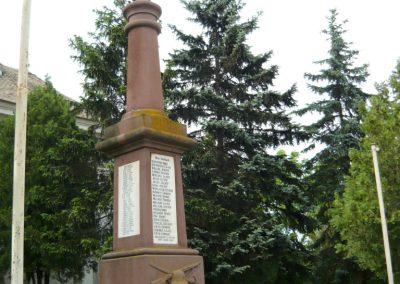 Papkeszi világháborús emlékmű 2010.05.30. küldő-Ágca