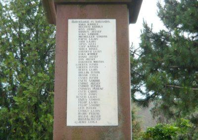 Papkeszi világháborús emlékmű 2010.05.30. küldő-Ágca (5)